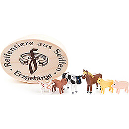 Domestic Animals in Wood Chip Box  -  4cm / 1.6 inch