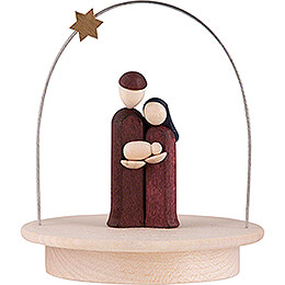 Heilige Familie mit Sternenbogen auf Sockel farbig  -  8,5cm