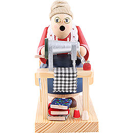 Smoker  -  Cutter Woman Sitting  -  16cm / 6 inch