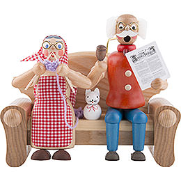 Smoker  -  Granparents on Couch  -  17cm / 7 inch